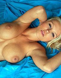 Hot Shantal Monique