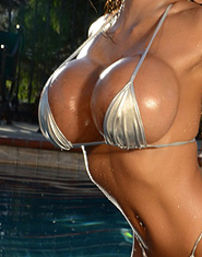 Armie Hot Bikini