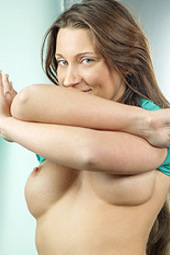 Busty Julie Skyhigh Gets Naughty