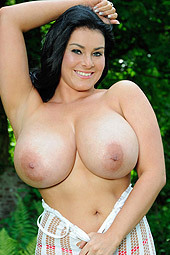 Karla James Shows Her Giant Boobs