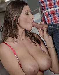 Sensual Jane Nude Cooking With Sugar And Spice